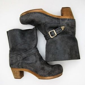 Sanita Clog Boots Gray Leather Wood Sole 39 Buckle